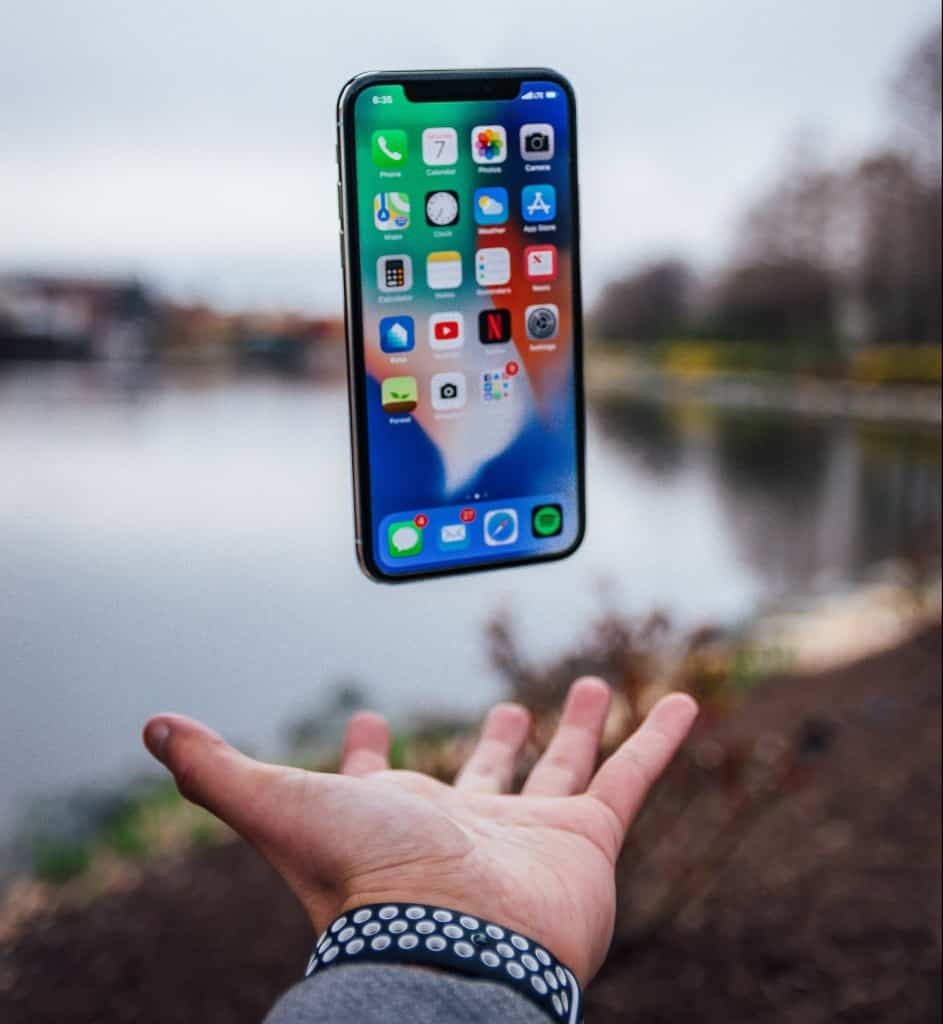 Top ranking app with other mobile apps displayed on an iphone x